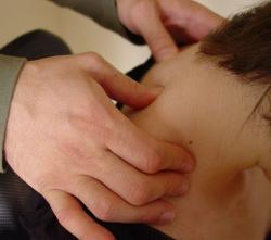 Spine Compression - Head Massage